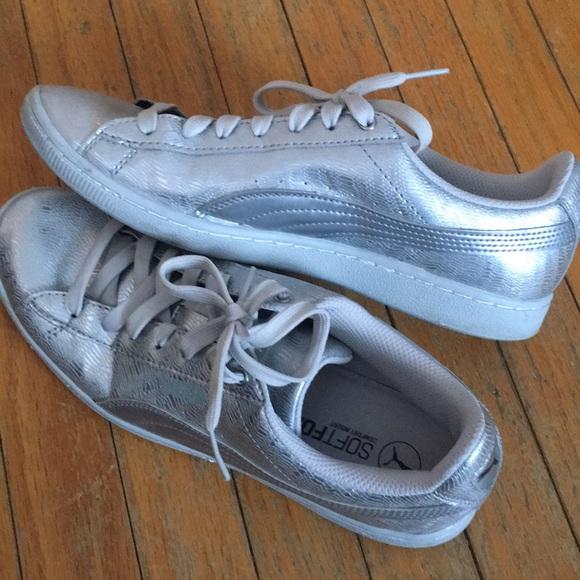 3aa404d9cb5 Puma soft foam sneakers